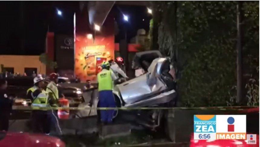 Terrible accidente automovilístico en Periférico Sur