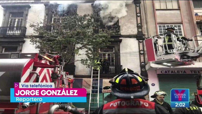Se registra fuerte incendio en bodega del Centro Histórico