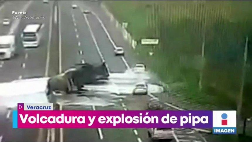 Así fue la impactante explosión de una pipa en Veracruz
