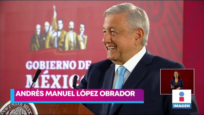 López Obrador tomó con humor los memes