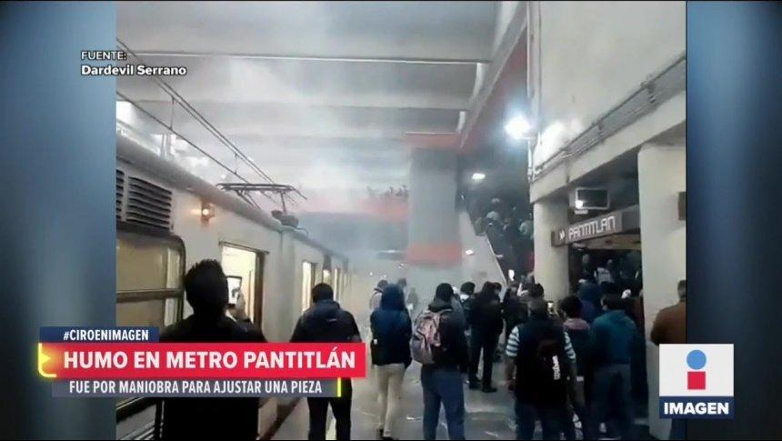 Se quema un tren en el metro Pantitlán de la Línea A